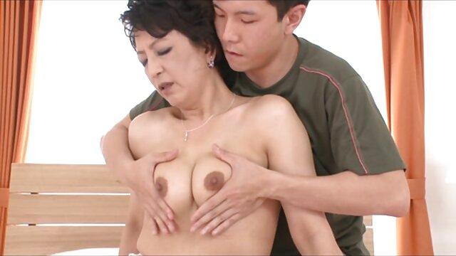 Adulte pas d'inscription  Amatrice aux gros porno film complet streaming seins dans la baise torride à la maison avec éjaculation