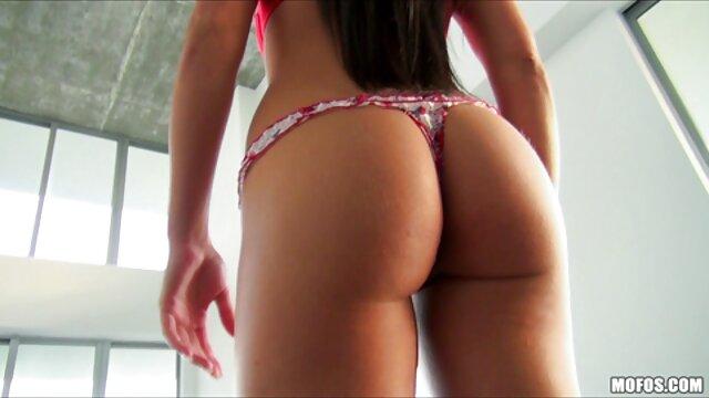 Adulte pas d'inscription  Les femmes espagnoles et japonaises obéissent à la bite d'un mec russe film porno streaming entier