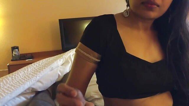 Adulte pas d'inscription  Mignonnes étudiantes donnant une bonne tête film porno entier streaming au pique-nique