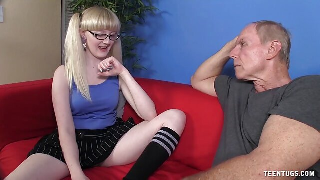 Adulte pas d'inscription  Filles film erotique francais complet secouant des bites avec du sperme volant partout 3