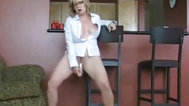 Adulte pas d'inscription  Mature ébène dame sexy jambes et porno complet en streaming talons hauts