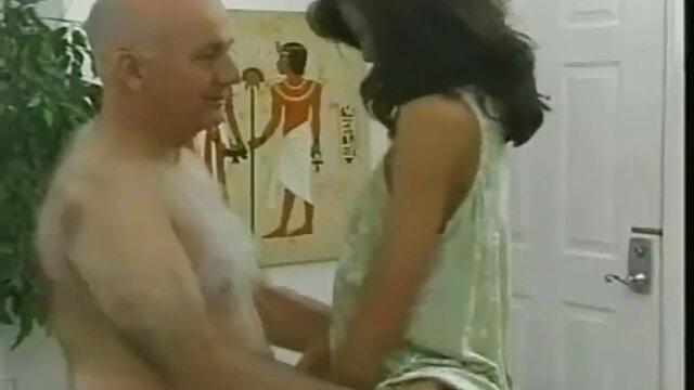 Adulte pas d'inscription  Chatte poilue nana dans les films porno complet une lingerie analed