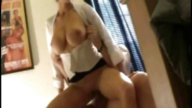 Adulte pas d'inscription  Gros cul d'ébène. video complet porno