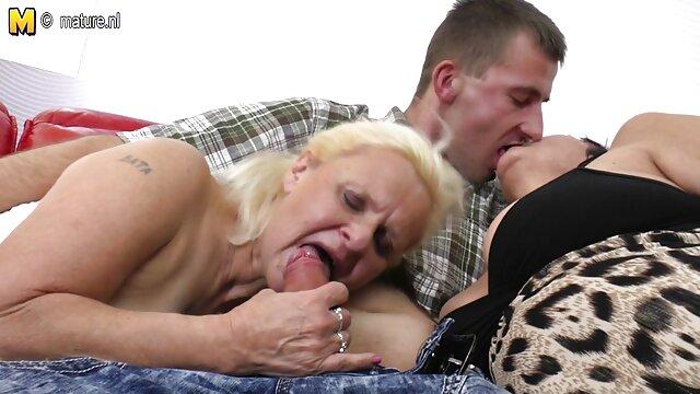 Adulte pas d'inscription  Sarah Young compilation film erotique gratuit francais 2