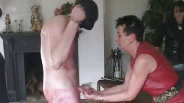 Adulte pas d'inscription  Petite rousse amateur baisée par une énorme bite film porno complet xxx