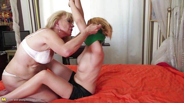 Adulte pas d'inscription  Allez-vous nous filmer en train de faire une films x gratuits français orgie lesbienne de fétichisme des pieds?