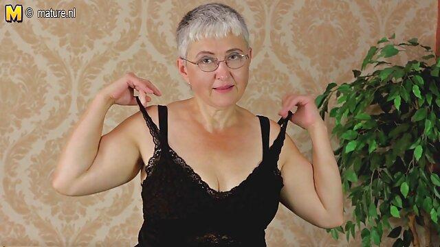 Adulte pas d'inscription  Yuuki secoue ses gros seins film complet porno sex comme l'enfer
