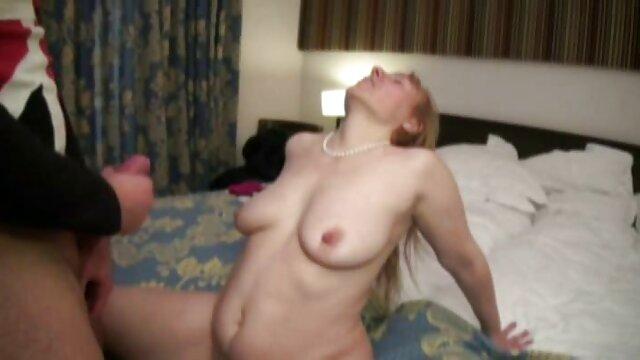Adulte pas d'inscription  Deep Teen film erotique complet gratuit Throat 19 Partie 2
