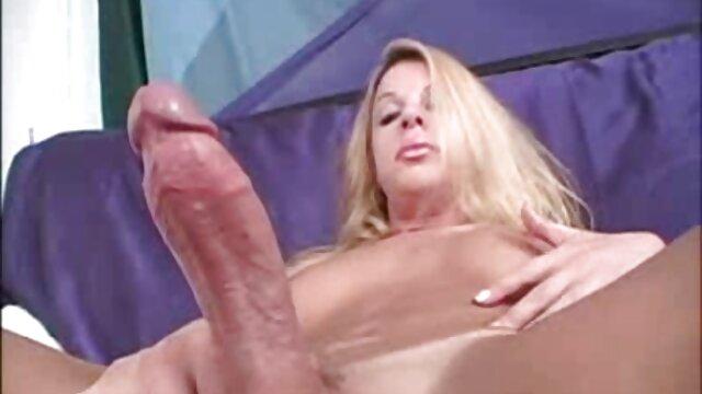 Adulte pas d'inscription  Vidéo russe. film streaming complet porno La fille domine deux mecs.