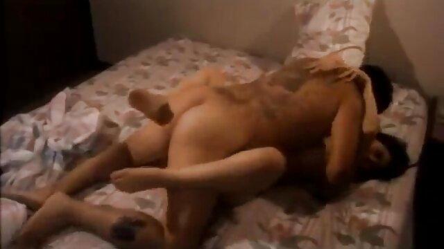 Adulte pas d'inscription  bbw clignotant ses films porno complet gratuit gros seins, mamelons sexy