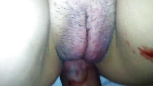 Adulte pas d'inscription  Deepthroat et scène films x complet gratuit de sexe anal chaud 1