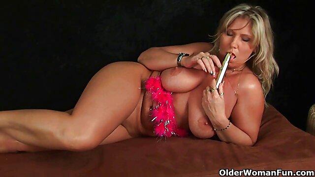 Adulte pas d'inscription  Délicieuse vis film porno complet black anale