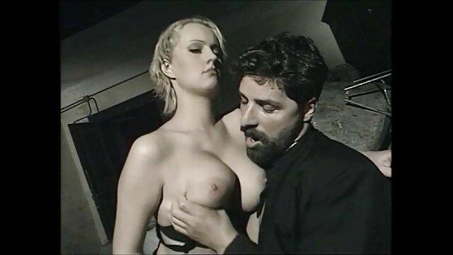 Sexe pas d'inscription  Barbara Summer a faim porno francais complet streaming de bite