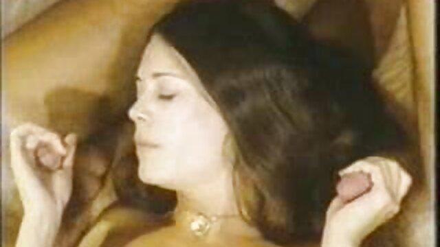 Adulte pas d'inscription  Plantureuse blonde donne une pipe incroyable film porno francais complet streaming