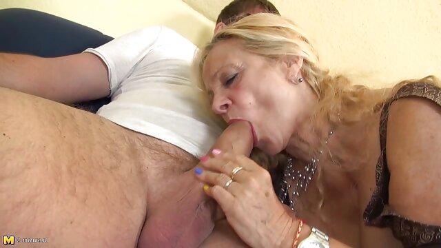 Adulte pas d'inscription  Les filles se font baiser dans les film porno en streaming complet rues
