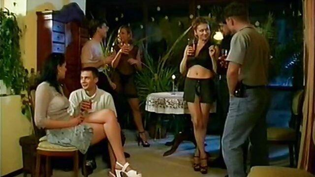 Adulte pas d'inscription  GGG allemand Lulu film complet prono adolescent beim Milf Gangbang