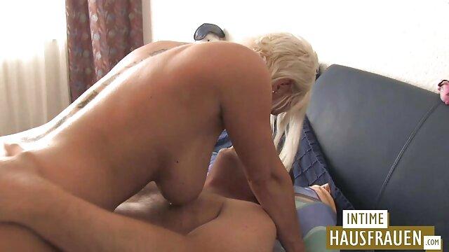 Adulte pas d'inscription  Hot Starlet baisée durement streaming porno entier et avale du sperme!