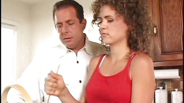 Adulte pas d'inscription  Enfoncer la bête poilue dans la forêt film sex complet hd