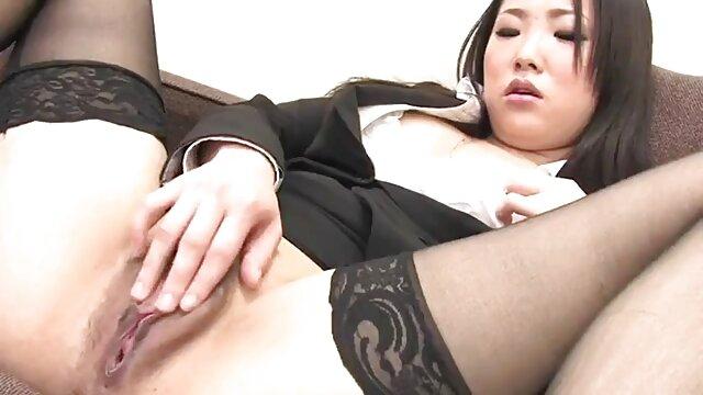 Adulte pas d'inscription  Une jeune blonde chaude avec un timbre de clochard donne film streaming porno complet un long rimmer humide