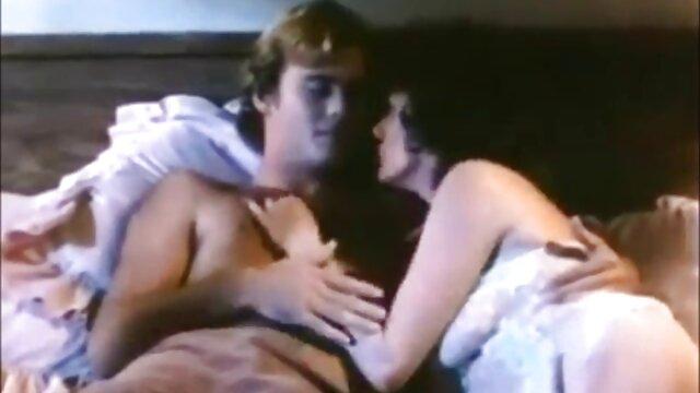 Adulte pas d'inscription  mon jeu de film erotique entier gratuit sexe avec deux femmes insatiables